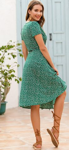 Hualong Cute V Neck Short Sleeve Green Polka Dot Dress