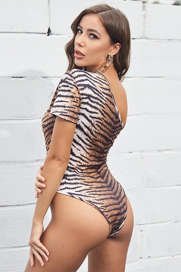 Hualong Sexy Short Sleeve One Shoulder Leopard Bodysuits