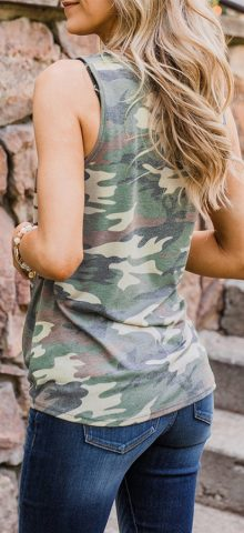 Hualong Cute Green Women Camo Tank Top